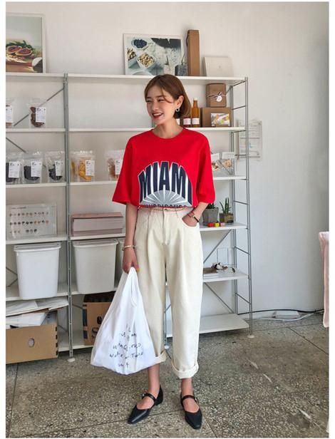 5 kiểu áo phông đơn giản, mặc lên là trẻ trung xinh đẹp