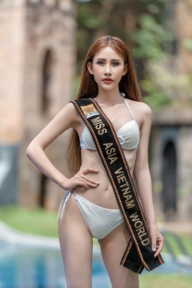 Chi Nguyễn diện bikini nóng bỏng trước thềm Miss Asia World 2018