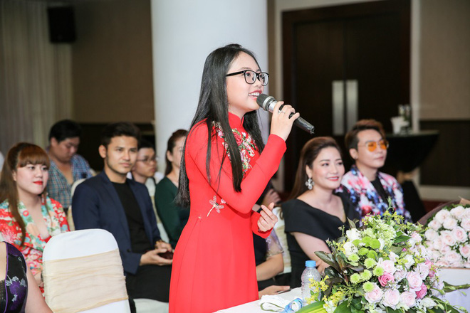 Phương Mỹ Chi xuất hiện phổng phao, mừng Nam Cường làm liveshow 10 năm