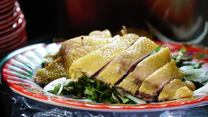 Quán cơm gà hơn nửa thế kỷ giữa lòng phố cổ Hội An