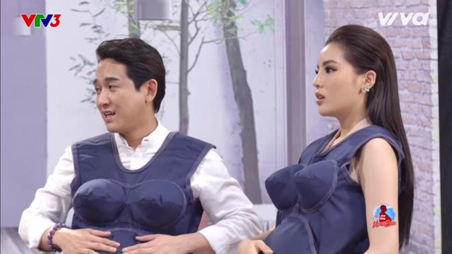 Trấn Thành nhắc Hari Won: Em ơi, khẩu nghiệp con mình dính