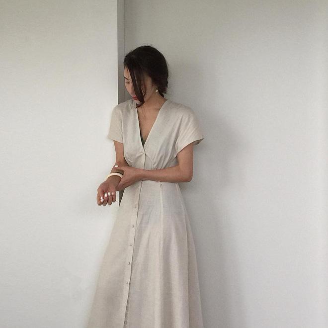 Hè đến, không gì tuyệt hơn là ngày nào cũng được diện loạt kiểu váy nhẹ tênh và xinh xắn hết nấc này