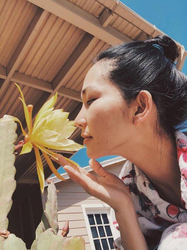 Dù làm dâu trên đất Mỹ, Kim Hiền vẫn có khu vườn đầy cây trái Việt nhìn mà mê