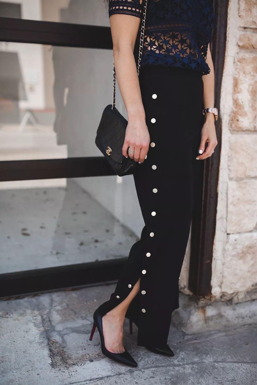 Quần ống xẻ có gì hot mà phụ nữ cả thế giới đổ xô mua mặc?
