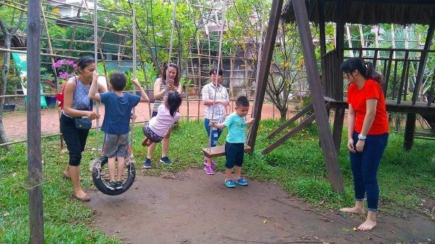 Hè đến cho bé tập làm nông dân ở nông trại giữa lòng Sài Gòn