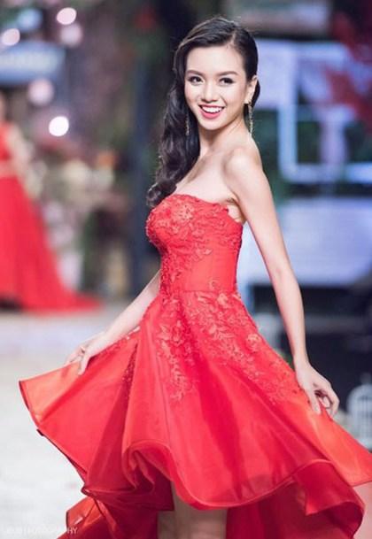 Em gái Nữ hoàng sắc đẹp Vũ Hoàng Điệp thi Hoa hậu Việt Nam