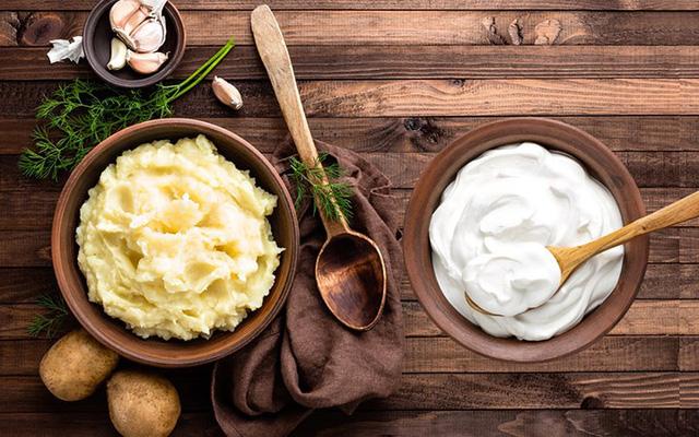 Cách dùng khoai tây chăm sóc da dễ dàng