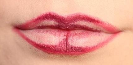 3 cách đánh son bao đẹp - bao sang hợp mọi loại môi của Chi Pu