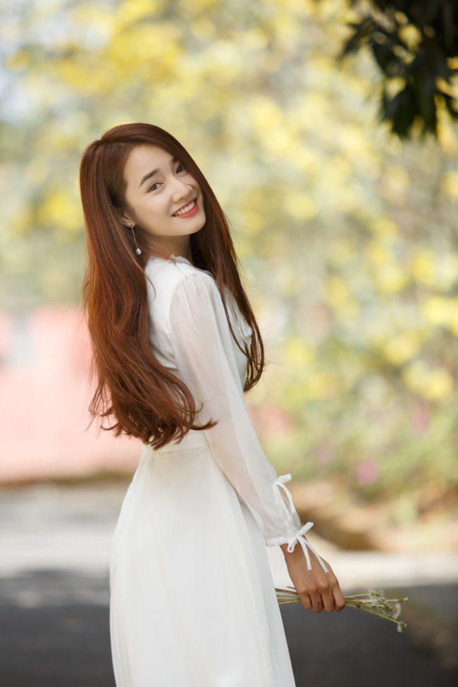 Nhã Phương vào vai của Song Hye Kyo trong Hậu duệ mặt trời bản Việt?
