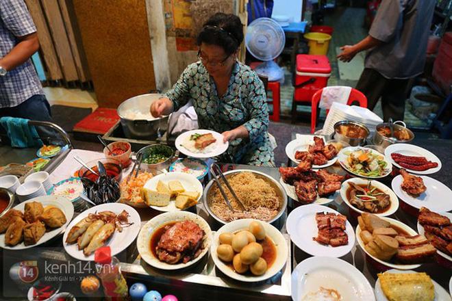 Nếu là dân cú đêm ở Sài Gòn thì hãy lưu ngay những địa chỉ ăn khuya đầy hấp dẫn này
