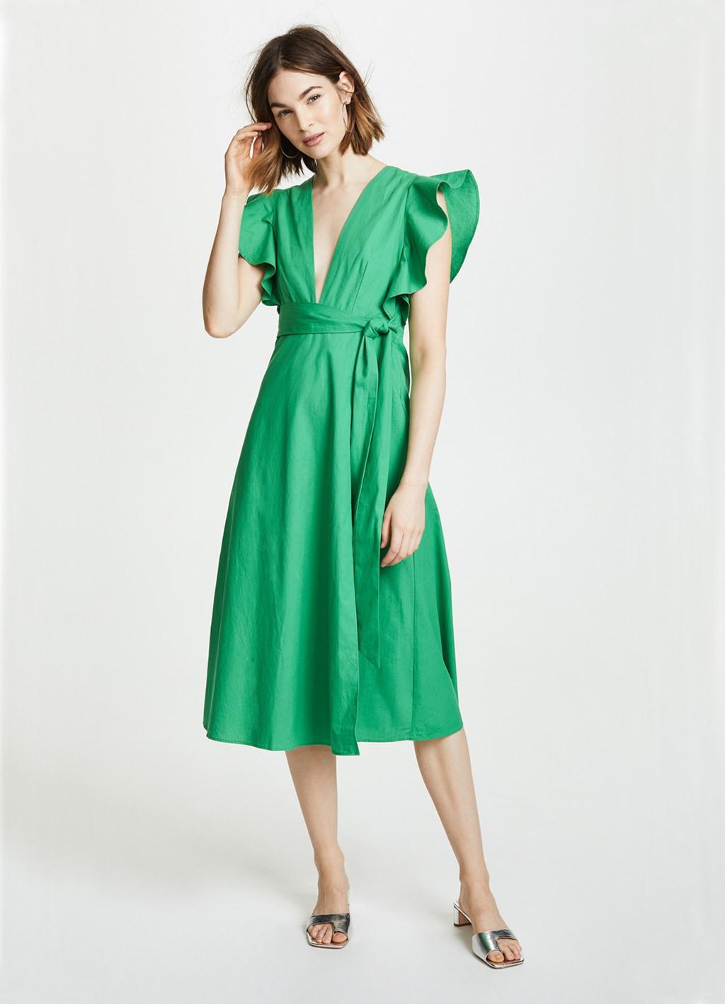 Wrap dress - chiếc váy mùa hè không thể thiếu với mọi cô gái