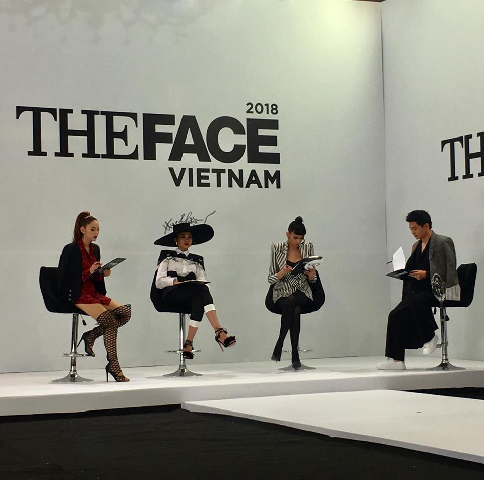 Nam Trung bắt thí sinh The Face 2018 bôi môi thâm rồi hãy nói tiếp