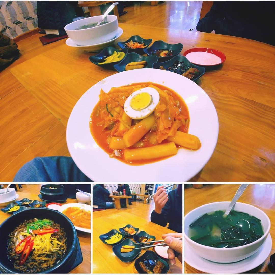 Thiên đường ăn uống ở khu Đại học Hà Nội: ngập tràn các món no bụng giá rẻ