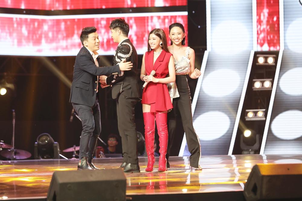 The Voice 2018: Căng thẳng nút chặn khiến tình bạn 20 năm của Thu Phương - Lam Trường chấm dứt?
