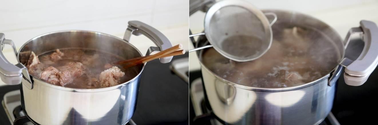 Canh xương nấu rau củ món đơn giản mà ngon cho bữa cơm ngày nóng