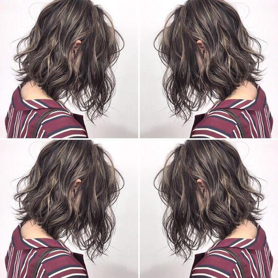 Hoá ra vì 4 đặc điểm này mà tóc ngắn xoăn sóng nước chưa bao giờ ngừng hot