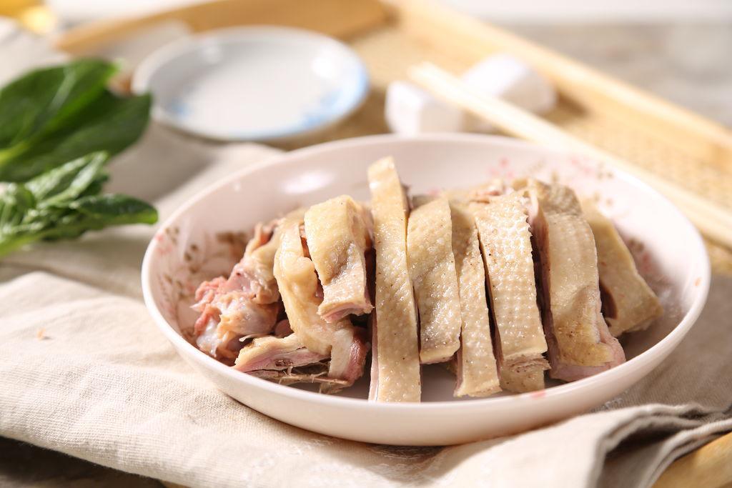 Mẹo luộc các loại thịt mùa hè luôn thơm nức không còn mùi hôi