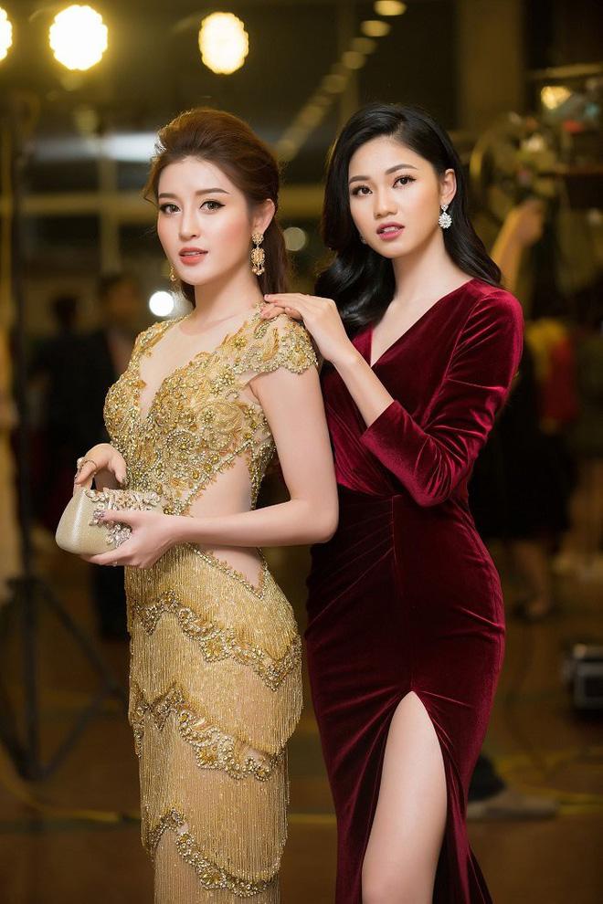Cận cảnh nhan sắc nóng bỏng của Á hậu Việt sắp đầu quân cho VTV24