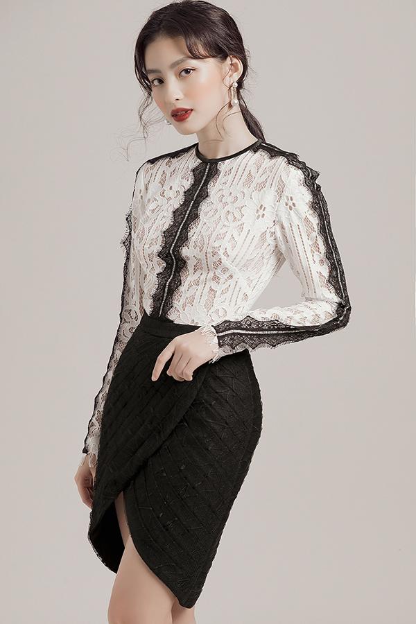 Biến tấu trên trang phục trắng đen mùa hè
