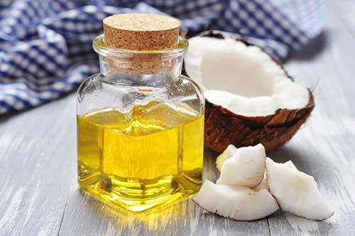 Dưỡng da bằng dầu dừa đúng cách để phát huy 4 công dụng sau