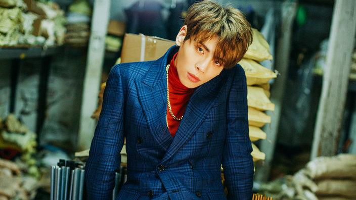 SỐC: Jonghyun (SHINee) được phát hiện tự tử trong phòng riêng