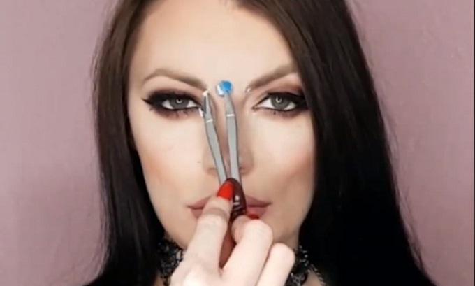 8 mẹo hay ho hữu ích cho cô nàng mới học makeup