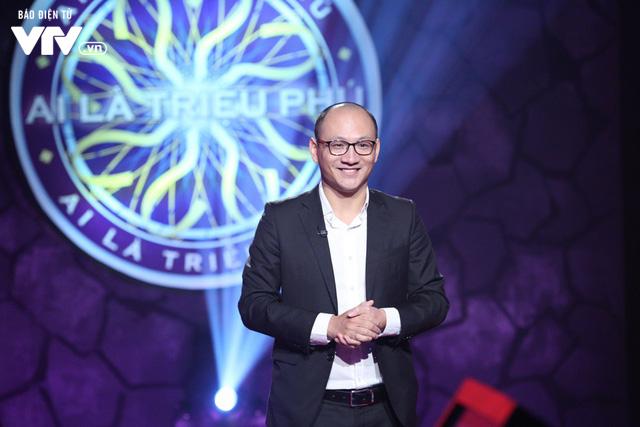 Nhà báo Phan Đăng chính thức trở thành MC mới của Ai là triệu phú