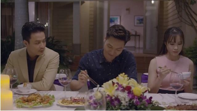 Cả một đời ân oán Tập 4: Dung (Hồng Diễm) bối rối khi ngồi chung bàn với tình cũ (Hồng Đăng) trong bữa tiệc gia đình