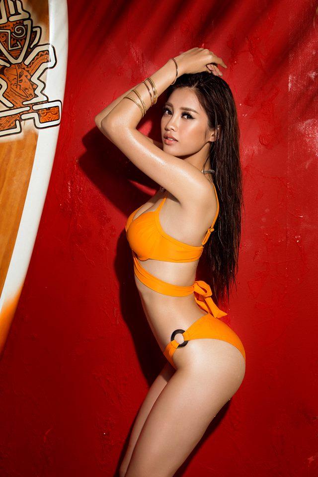 Nóng bỏng mắt với bộ ảnh bikini chính thức của các thí sinh Hoa hậu Hoàn vũ Việt Nam 2017