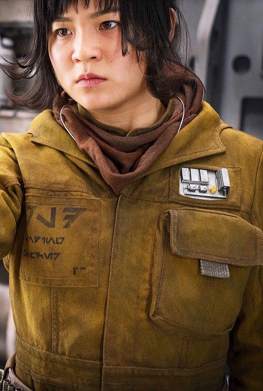 Vai diễn của diễn viên gốc Việt Kelly Marie Trần bất ngờ bị bị người hâm mộ Star Wars ném đá dữ dội