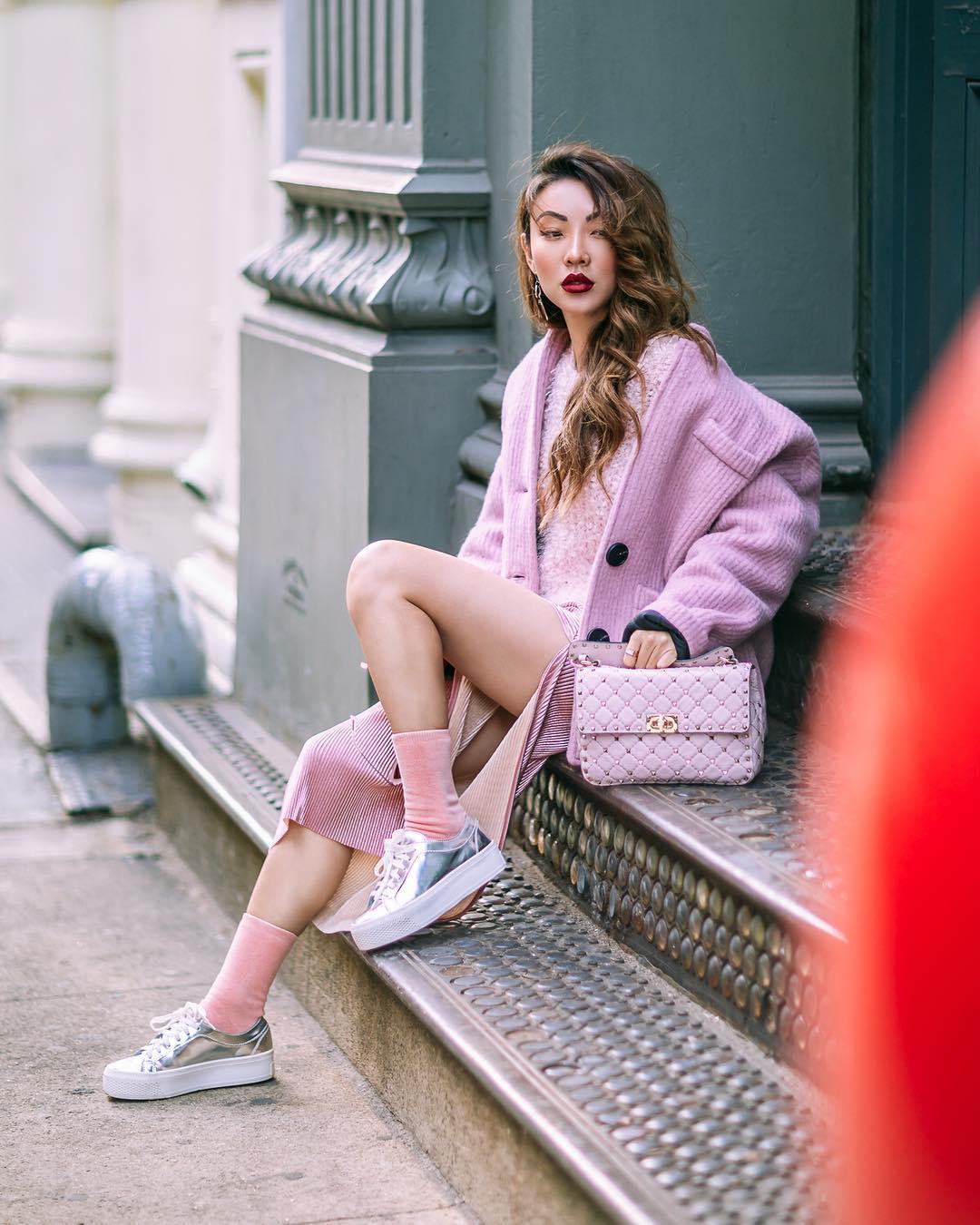 Gợi ý 5 bộ trang phục gam màu pastel cho nàng công sở tuần cuối năm