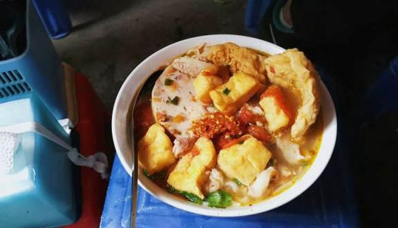 Hai quán bún ăn sáng nổi tiếng khu phố cổ Hà Nội