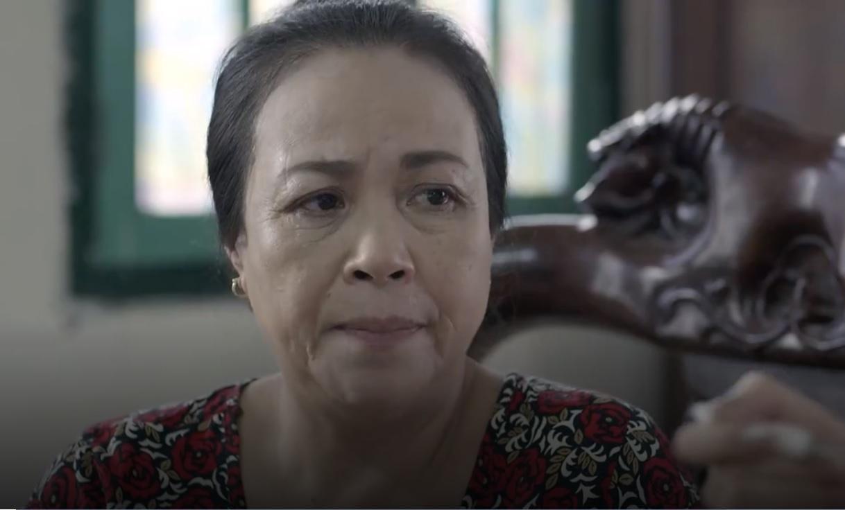 Cả một đời ân oán tâp 5: Bắt con riêng của chồng đi bộ đến trường, Dung (Hồng Diễm) bị mẹ chồng xỉa xói