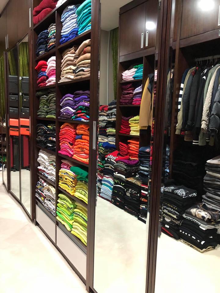 Than khổ vì mắc bệnh nghiện mua sắm, Đàm Vĩnh Hưng khoe luôn tủ đồ hiệu bạc tỷ khiến ai cũng thèm muốn