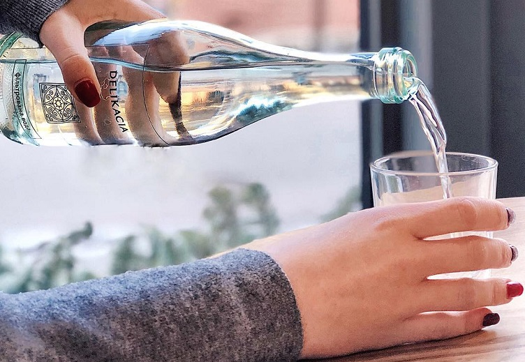 6 sai lầm khi uống nước gây ra hậu quả khôn lường đến sức khỏe