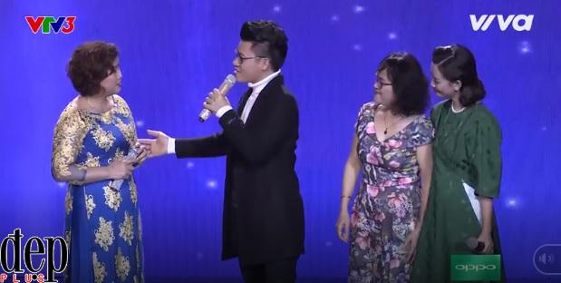 Thần tượng Bolero Tập 2: Chàng tiến sĩ điển trai hát Bolero khiến bộ ba giám khảo phát cuồng