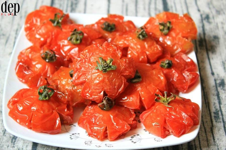 Làm mứt cà chua đỏ au mang may mắn cho gia đình ngày Tết