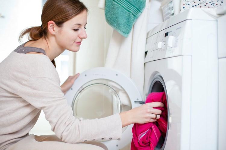 Sáu lỗi phổ biến ai cũng mắc phải khi giặt đồ