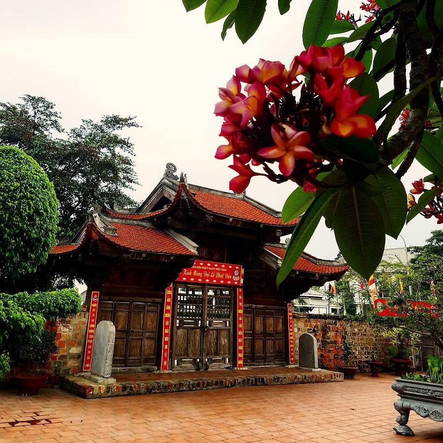 5 ngôi chùa đi lễ Rằm tháng Giêng linh thiêng ở Hà Nội