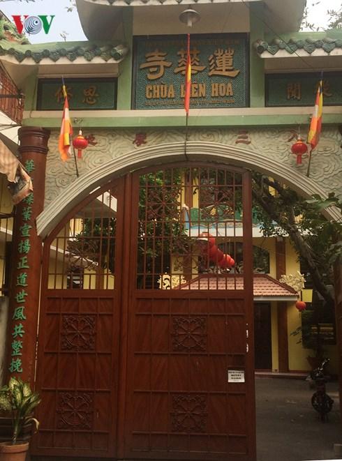 Chùa Liên Hoa: Ngôi chùa 20 năm không đốt vàng mã, dành tiền tỷ làm từ thiện