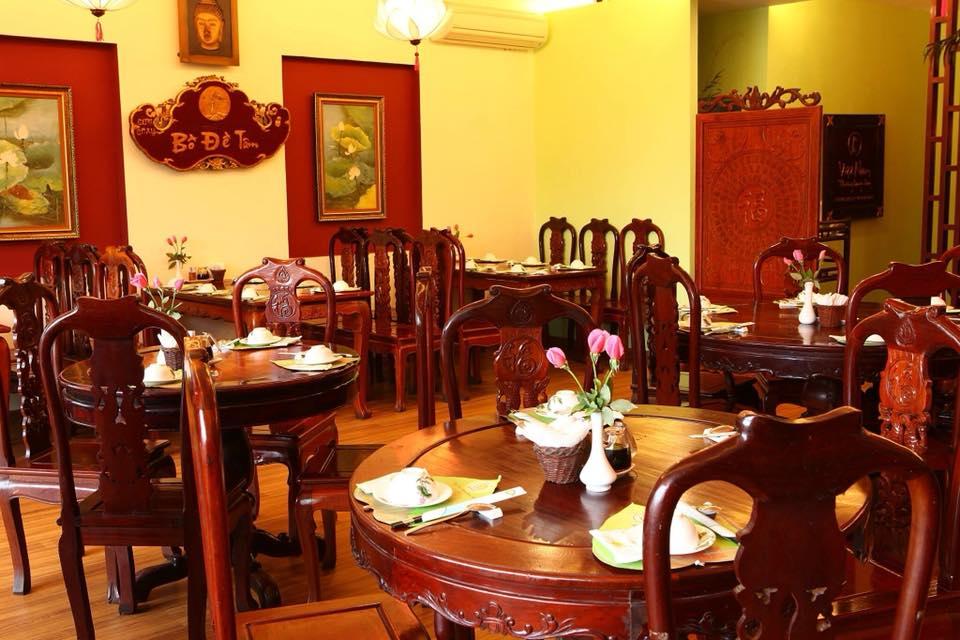 Rằm tháng Giêng rủ nhau đi ăn ở 5 quán chay thanh tịnh nhất Hà thành