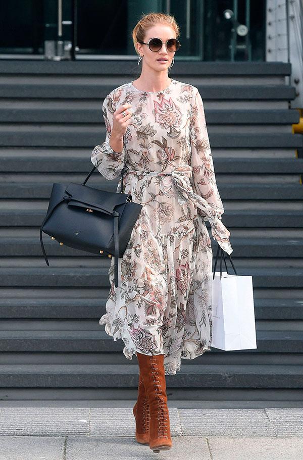 Đến hẹn lại lên, váy in hoa vẫn là item không thể thiếu mùa này
