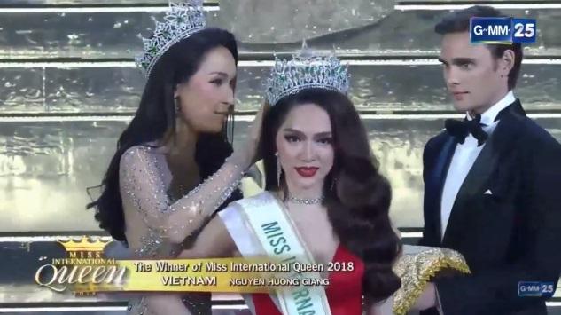 Hương Giang xuất sắc đăng quang Hoa hậu Chuyển giới Quốc tế!