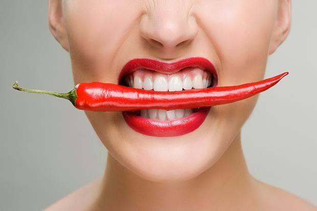 Những thực phẩm không nên ăn khi da nổi mụn