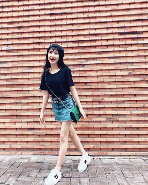 Gu thời trang lên đời hàng hiệu của Hòa Minzy sau khi yêu thiếu gia