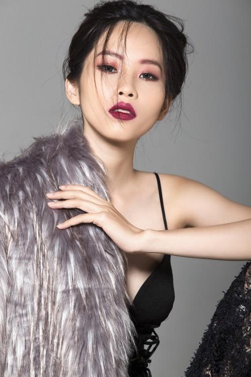 Chị gái song sinh của Nam Em vào chung kết Người mẫu thời trang Việt Nam 2018