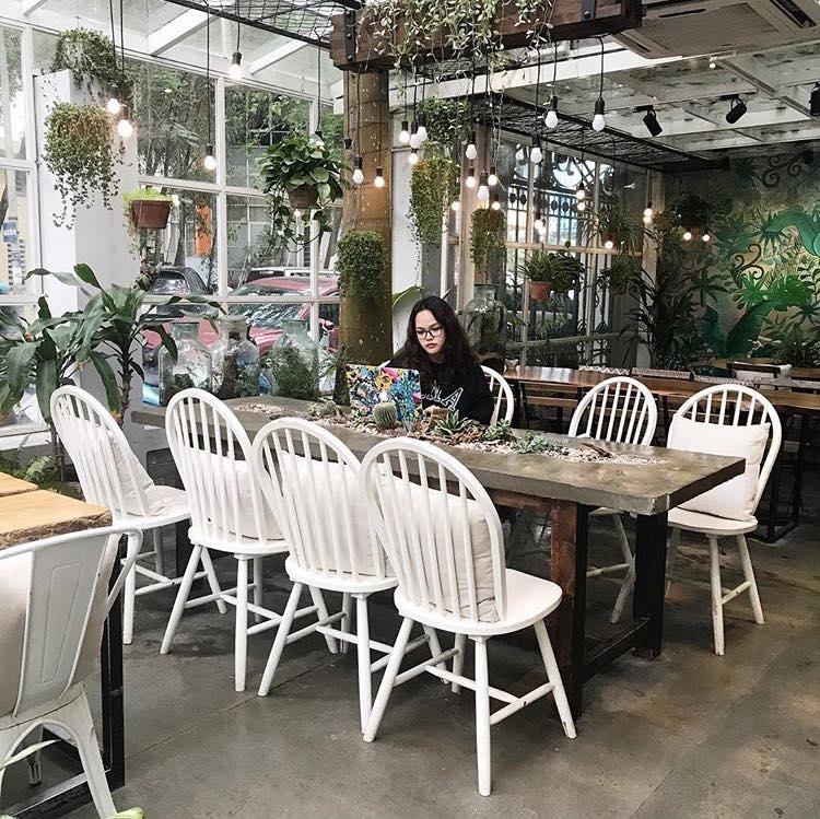 Chạy trốn mùa hè với 10 quán cà phê xanh mát giữa lòng Hà Nội (phần 2)