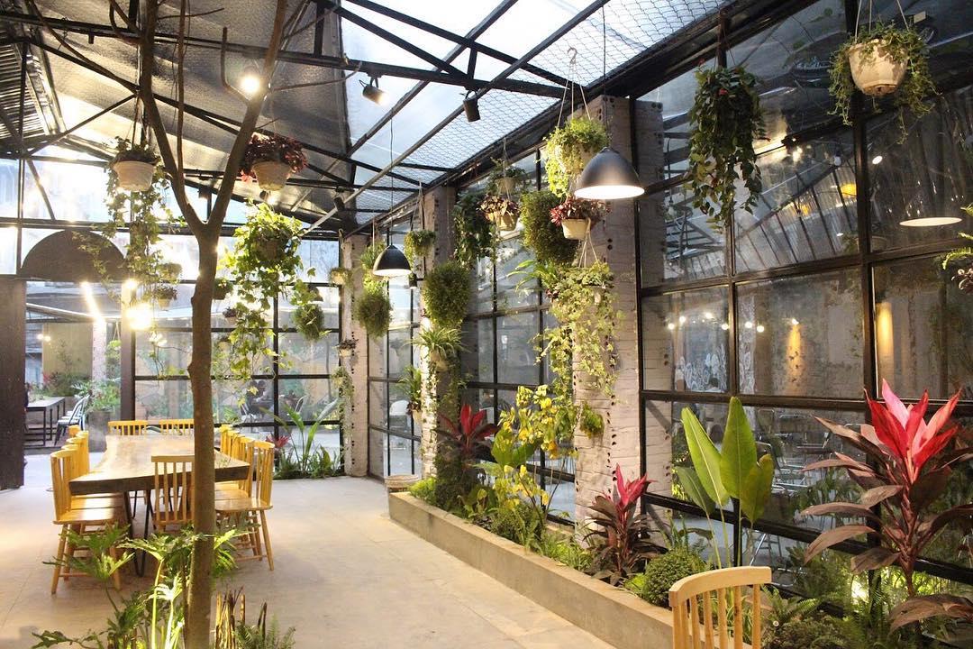 không gian xanh tại The Ylang - Gardenista Coffee