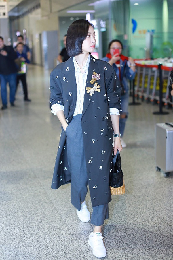 Street style sao Hoa Ngữ tuần qua: Victoria f(x) dẫn đầu Top mặc đẹp