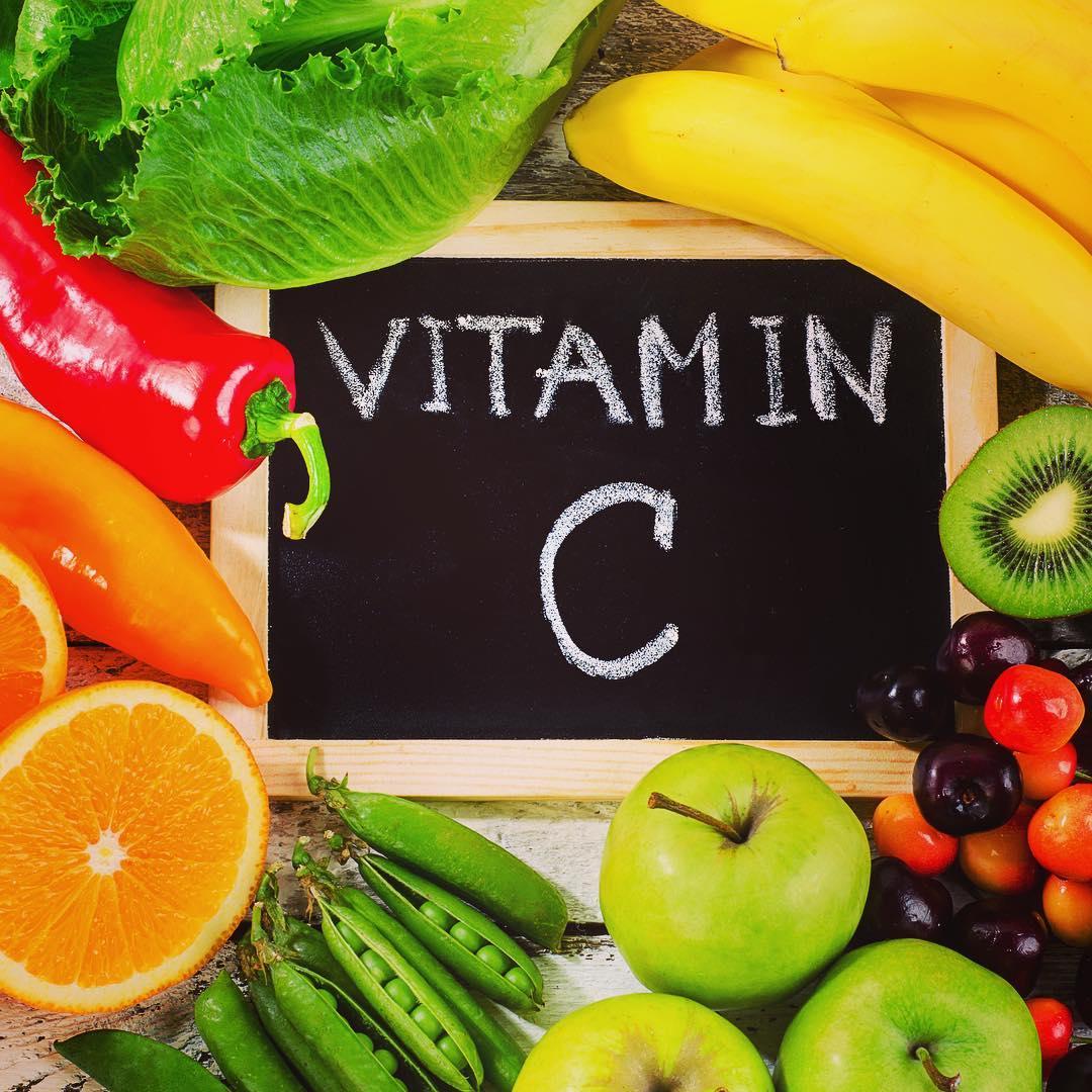 Lưu gấp 6 nhóm thực phẩm giúp bạn trẻ mãi không già